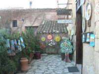 Baglio Isonzo - ceramica - 3 marzo 2008  - Scopello (717 clic)