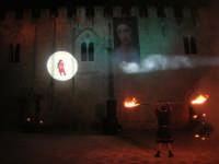 Festeggiamenti Maria SS. dei Miracoli - La Festa del Paradiso - L'Assalto al Castello - Piazza Castello - 20 giugno 2008  - Alcamo (538 clic)