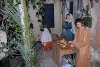 Presepe Vivente animato da alunni dell'Istituto Comprensivo G. Pascoli (10) - 22 dicembre 2007  - Castellammare del golfo (916 clic)