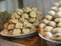 Vetrina con esposizione di dolci tipici - 22 maggio 2009  - Erice (4895 clic)