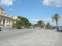 viale antistante le Terme - 25 aprile 2008   - Sciacca (1359 clic)