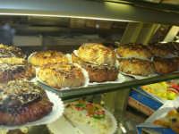 I prelibati dolci esposti nel Caffè Pino Pasticceria - 28 settembre 2007  - San vito lo capo (2245 clic)