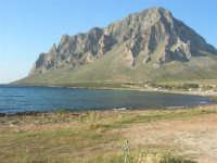 Golfo di Bonagia: il Monte Cofano  - 27 aprile 2008  - Cornino (874 clic)