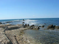 mare e scogli al Villino Nasi - 6 settembre 2007  - Trapani (1001 clic)