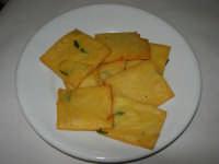 panelle - Ristorante Pizzeria La Duchessa - 13 aprile 2008   - Castellammare del golfo (1713 clic)