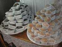 Vetrina con esposizione di dolci tipici - 22 maggio 2009  - Erice (4854 clic)