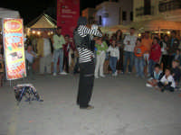 Cous Cous Fest 2007 - esibizione artista di strada - 28 settembre 2007   - San vito lo capo (758 clic)