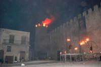 Festeggiamenti Maria SS. dei Miracoli - La Festa del Paradiso - L'Assalto al Castello - Piazza Castello - 20 giugno 2008   - Alcamo (559 clic)