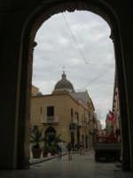 da Porta Garibaldi l'omonima via - 24 settembre 2007  - Marsala (1283 clic)