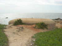 Capo Lilybeo: bunker - 24 settembre 2007  - Marsala (1258 clic)