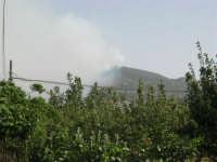 Incendio sul Monte Bonifato (2) - 23 agosto 2007  - Alcamo (856 clic)