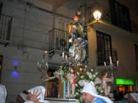 festa dell'Immacolata: la processione nel corso VI Aprile - 8 dicembre 2006   - Alcamo (1338 clic)