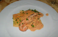 ravioli ripieni alla cernia con salsa di scampi - Ristorante La Terrazza - 26 luglio 2007  - Scopello (10149 clic)
