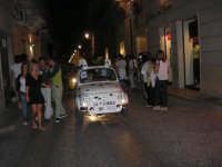 Notte Bianca - Si festeggiano i 50 anni della mitica  500: sfilata nel corso IV Aprile (cassaru strittu)- (11)- 10 agosto 2007  - Alcamo (1136 clic)