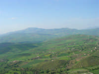 panorama - 23 aprile 2006   - Prizzi (2154 clic)