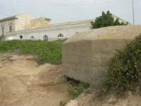 Capo Lilybeo: bunker e vecchi edifici - 24 settembre 2007  - Marsala (1235 clic)