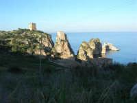 torri di avvistamento, faraglioni e tonnara - 3 marzo 2008   - Scopello (684 clic)