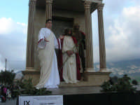 Processione della Via Crucis con gruppi statuari viventi - 5 aprile 2009   - Buseto palizzolo (1592 clic)