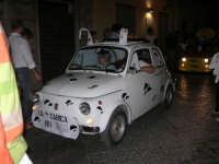 Notte Bianca - Si festeggiano i 50 anni della mitica  500: sfilata nel corso IV Aprile (cassaru strittu)- (12)- 10 agosto 2007  - Alcamo (1116 clic)