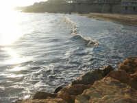 al tramonto - 6 aprile 2008   - Marinella di selinunte (850 clic)