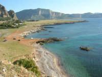 Macari - la costa, il mare ed un pizzico del monte Erice - 20 maggio 2007  - San vito lo capo (1327 clic)
