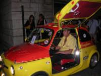 Notte Bianca - Si festeggiano i 50 anni della mitica  500: sfilata nel corso IV Aprile (cassaru strittu)- (13)- 10 agosto 2007  - Alcamo (1108 clic)