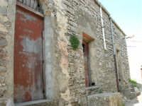 al castello - 23 aprile 2006  - Prizzi (1910 clic)