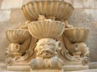 Fontana di Saturno: particolare - 25 maggio 2008  - Trapani (859 clic)