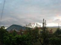 Monte Bonifato - al tramontar del sole - 26 novembre 2008  - Alcamo (802 clic)