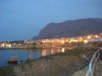 scorcio del paese a sera - 23 settembre 2007   - Terrasini (2212 clic)
