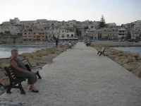 dalla passeggiata sul mare il paese - 1 agosto 2007  - Marinella di selinunte (3465 clic)
