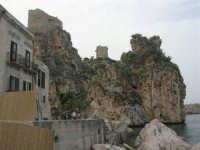 tonnara, torri di avvistamento e faraglione - 19 aprile 2008   - Scopello (791 clic)