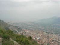 viste su Monreale, sul Duomo, sulla Conca d'Oro e su Palermo - 17 aprile 2006  - San martino delle scale (3526 clic)