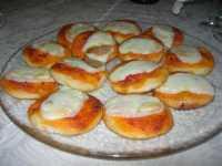 fantasia di stuzzichini - pizzette - 10 ottobre 2009   - Castelvetrano (5271 clic)