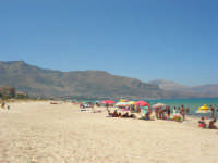 la spiaggia in zona Plaja - 5 agosto 2008   - Alcamo marina (818 clic)