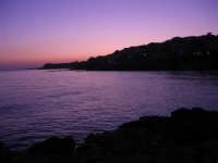 il mare al crepuscolo - 1 agosto 2007  - Marinella di selinunte (3439 clic)