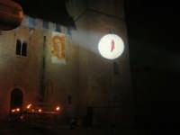Festeggiamenti Maria SS. dei Miracoli - La Festa del Paradiso - L'Assalto al Castello - Piazza Castello - 20 giugno 2008  - Alcamo (511 clic)