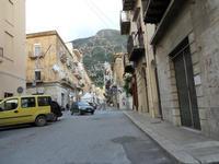 via G. Marconi e corso B. Mattarella - 11 dicembre 2009  - Castellammare del golfo (2375 clic)