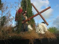 Processione della Via Crucis con gruppi statuari viventi - 5 aprile 2009   - Buseto palizzolo (1644 clic)