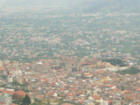 viste su Monreale, sul Duomo, sulla Conca d'Oro e su Palermo - 17 aprile 2006  - San martino delle scale (4184 clic)