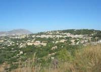 panorama della città immersa nel verde - 6 luglio 2007  - Valderice (1276 clic)