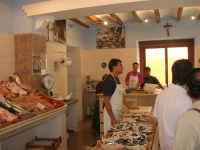 la Pescheria Randazzo in via Guglielmo Marconi - 21 luglio 2007   - Castellammare del golfo (2626 clic)