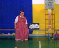 La pillola di zucchero - musical presentato dalla Cooperativa Sociale Paideia di Castellammare del Golfo e realizzato da Maria Teresa Corrao. Non ci fermiamo allo stupore delle stelle ma facciamo diventare le stelle persone vere. Lo spettacolo si è svolto presso l'Istituto Comprensivo G. Pascoli - 22 settembre 2006  - Castellammare del golfo (1070 clic)