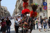 sfilata carretti siciliani - corso 6 Aprile - 18 maggio 2008  - Alcamo (1077 clic)