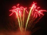 spettacolo piromusicale in piazza Bagolino, in occasione dei festeggiamenti in onore di Maria Santissima dei Miracoli, Patrona di Alcamo - 18 giugno 2007   - Alcamo (1044 clic)