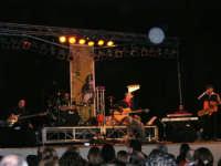 Rassegna musicale giovani autori Omaggio a De André: MARCOSBANDA di Roma (al sassofono Mariano Lucchese, alcamese) - Teatro Cielo d'Alcamo - 11 febbraio 2006           - Alcamo (1278 clic)