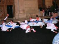 Festeggiamenti in onore di Maria Santissima dei Miracoli - Manifestazione Teatro - Danza in piazza Ciullo, dinanzi al Municipio: Fantasie nel Bosco - 18 giugno 2005  - Alcamo (2676 clic)