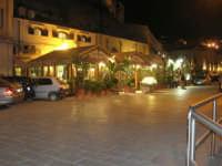 ristoranti sul porto - 19 settembre 2007   - Castellammare del golfo (932 clic)