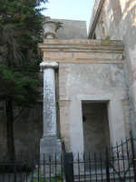 Chiesa di San Francesco - sec. XIV - XVIII - 6 luglio 2007  - Erice (1013 clic)