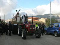 Processione della Via Crucis con gruppi statuari viventi - 5 aprile 2009   - Buseto palizzolo (1475 clic)